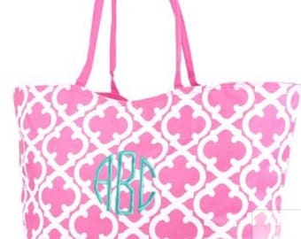 "25"" Personalized Quatrefoil Weekender/Beach Bag/Tote zippered closure FREE Name/Monogram 4 colors  Brides, Bridesmaids, Graduation, Birthday"