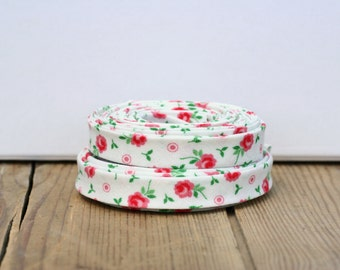 """Remnant Sale: 1/2"""" Double Fold Bias Tape Pink and White Floral"""