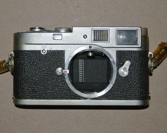 Leica M2 35mm Rangefinder Film Camera Body Only, excellent condition