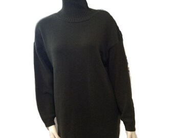 Chaval Classics Olive Cotton Turtleneck Sweater - Size Medium