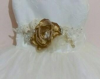 First Communion dress, baptism dress, girl dress, vintage, white or ivory dress elegant girl, flower girl,