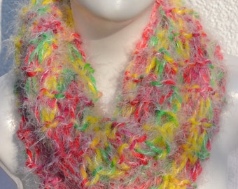 Loop shawl snood scarf knitted fluffy colorful heather