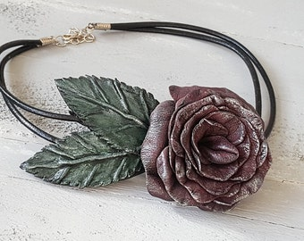 Leather Flower Necklase. Rose Flower Choker. Burgundy Red Choker Necklace. Carmen Necklace. Boho Necklase. Leather Flower Jewelry. Bohemian.