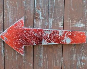 Retro metal 3 dimensional red arrow wall sign symbol this way arrow