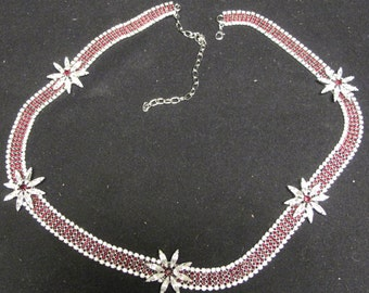 Vintage Beautiful Ileana Necklace