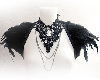 "Black Feather Stole ""Corvus"" - Gothic Shoulder Wrap - Handmade Shrug with black rooster feathers"