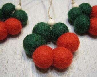 Set of 3 Mini felt ball wreaths, 1,8-2cm felt balls, red and green, Christmas decorations