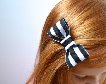 Black & White Stripe Bow (on clip or gold snap)