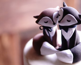 WOLF Wedding Cake Topper - With encircling tails - Warranty Protection Included