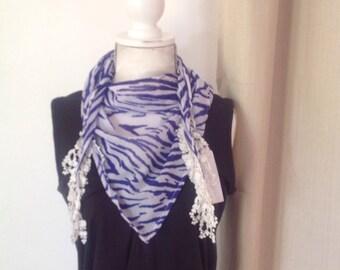 Bandanna/ Small triangle scarf  - Blue & White Zebra Stripe