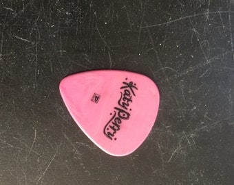 Katy Perry perletrum from the band