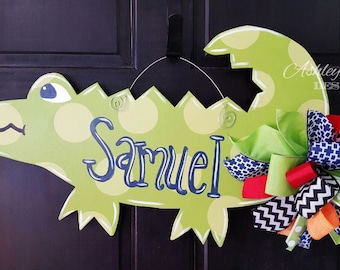 SHIPS NOW!!!!  Alligator Door Hanger, Back to School Decor, Wooden Alligator Decoration, Alligator