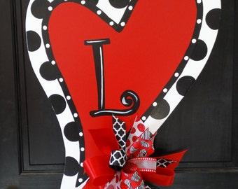 Heart Door Hanger, Valentine Heart  Door Decor, Valentine Wreath