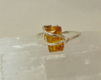 Sterlig Silver Citrine Baltic Amber  Ring. Size 7 1/2. CRS 79.*FREE SHIPPING*