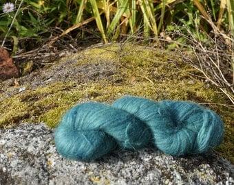 Icelandic pure wool, hand dyed with Indigo/Filipendula ulmaria 180916-12