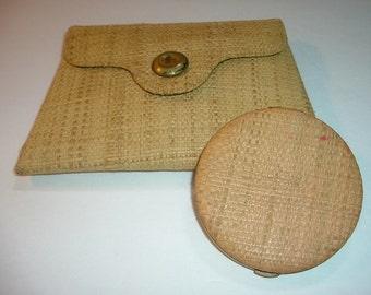 Vintage Lin Bren Compact in Clutch Case