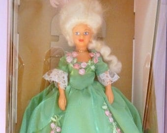 Vintage Boxed Peggy Nisbet Marie Antoinette Doll. Made In England.