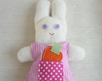 Fifì plush rabbit toy