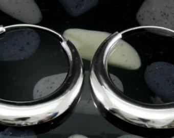 Hoops 925 sterling silver   --   3890