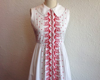 1950s Embroidered white cotton dress