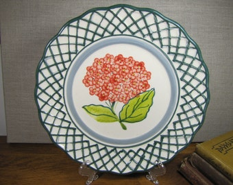 Royal Norfolk Plate - Green Lattice Lip - Red Hydrangea