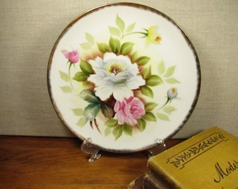 Ardalt - Lenwile China - Hand Painted Plate - Floral Pattern - Gold Accent - Made in China