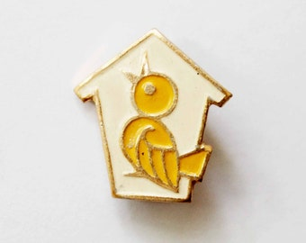 Cute Tiny Bird Pin Soviet Vintage Old pin Soviet badges Bird pins Bird badges Vintage pins Vintage badges Bird lovers Gift