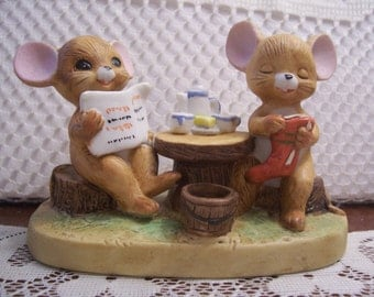 Mr. And Mrs. Mouse Having Breakfast Figurine, Enesco