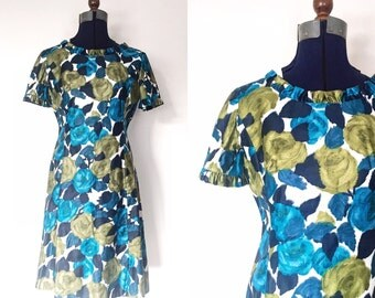 1960s Rose Print Dress | Size Medium | 60s Floral Wiggle Dress | Midcentury Retro Form Fitted Blue Green Dress