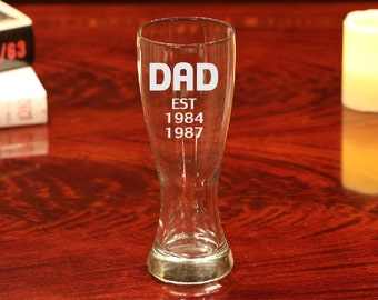 Dad Beer Glass, Etched Dad Beer Glass, Dad Gift, Fathers Day Gift, Gift for Fathers Day, Beer Glass, Dad, Fathers Day Beer Mug, Beer Glass