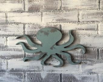 Wooden farmhouse shabby chic octopus