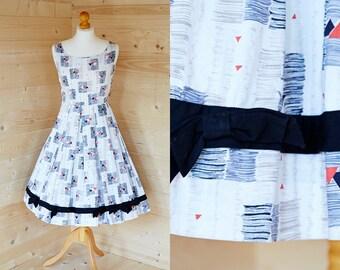 1950's, abstract print, full circle day dress
