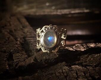 Irissa - Antique Silver Labradorite ring, Labradorite ring, unique Labradorite ring, Spiritual ring, Tribal ring, Boho ring, Labradorite