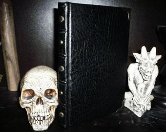 Grimorium Honours Magni-the grimoire of Pope Honorius, Italian language edition.