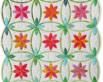 PROMISE RING Pieced and Applique Wedding Ring Quilt Pattern-Sue Pelland Designs