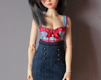 Straight skirt denim style pin-up