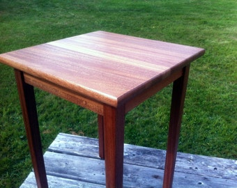 Small Mahogany Side Table / End Table