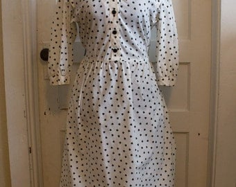 VALENTINES DAY // Black & White Dress // Heart Print Dress // PERI Petites Brand