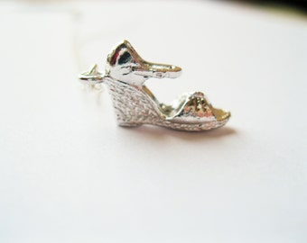 Silver shoe necklace, high heel  necklace, fashionista necklace , slipper necklace, dainty silver necklace, chic modern