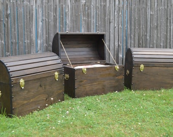 Large Hope Chest / Primitive Chest / Rustic Trunk / Wood Trunk / Country Trunk / Blanket Chest / Pirate Chest / Storage Chest / Wood Chest
