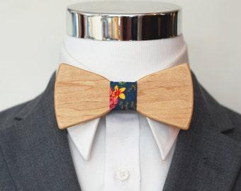 Maple Wood Bowtie - Suit up - Wooden Bowtie - Suits - Wood Bowtie - Men's Ties - Interchangeable Neck Strap