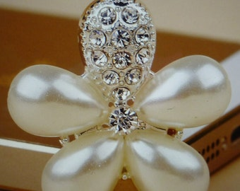 30mm Flower Centre Pearl emblishment for hand made flower hair bows.Rhinestones  2 Pieces.
