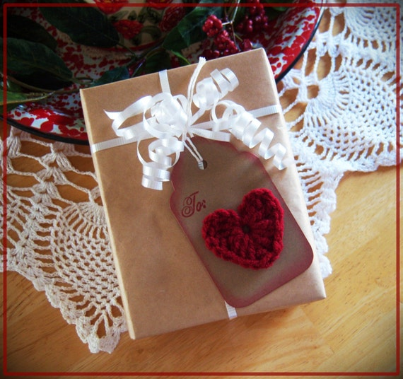 Heart Gift Tag, Country Christmas, Primitive, Crochet Heart, Hang Tag, Gift Wrap, Set of 5