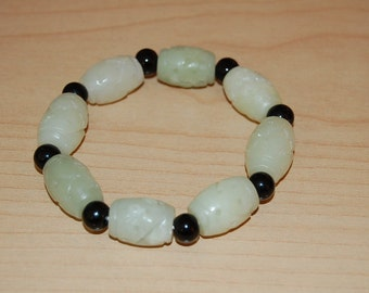 Light Green Bracelet, Jade Hand Carved Long Beads Bracelet,Elastic,Easy Fits,Very Nice,Man,Woman,Gift