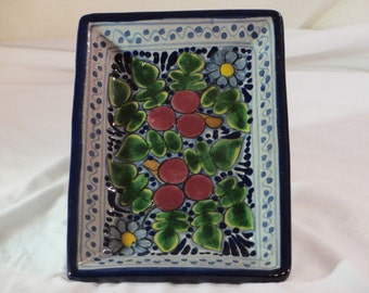 Vintage Hand Painted Mexican Mexico Pottery Plate for Displaying/Hanging -- Signed