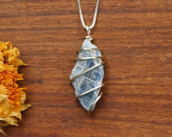 Kyanite Pendant, Blue Kyanite Pendant, Blue Kyanite Wire Wrap, Kyanite Necklace