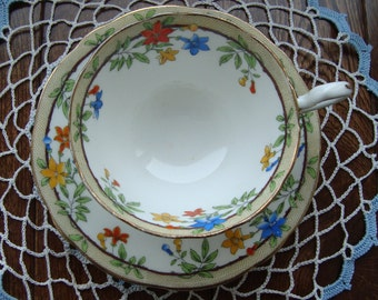 Antique Aynsley Oban Vintage Tea Cup and Saucer from about 1900 - Bone China England - Beige Band with Red, Blue and Orange Flowers