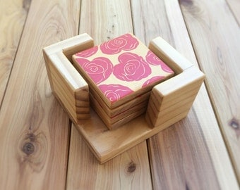 Original rose design pine coasters - Housewarming gift - 4 x hand painted wooden coasters with or without holder - Red & gold - Pine