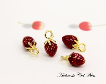 Strawberry Charm - Tiny Strawberry Charm - Tiny Gold Strawberry Charm - Strawberry Pendant - Fruit Charm - Food Charm - Fruit Jewlery