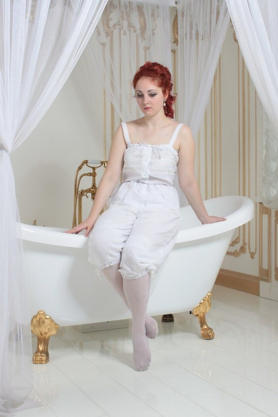 Victorian Lingerie – Underwear, Petticoat, Bloomers, Chemise 1900s Lingerie Set White Batiste Camisole and Drawers $170.00 AT vintagedancer.com